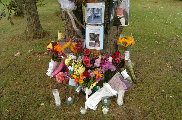 100927 car crash memorial 2