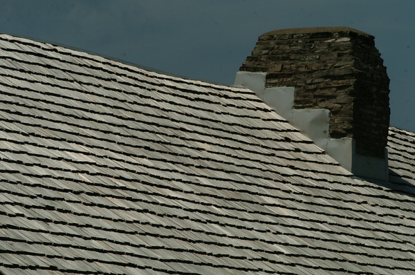 100604 Old Fort roofs 3