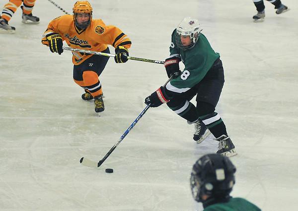 101223 L-P /L Hockey2 - SportsJ
