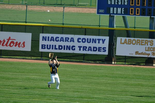 110430 NT NF Baseball 2 - NG