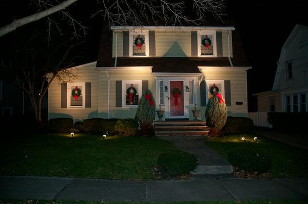 111222 Holiday Lights 4 - NG
