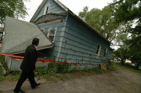 100715 housing inspector3
