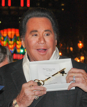 James Neiss/staff photographerNiagara Falls, NY -  Mr. Las Vegas Wayne Newton recieved the key to the city from Mayor Paul Dyster on Old Falls Street. Newton is in town to perform several holiday shows at the Seneca Niagara Casino and Hotel.