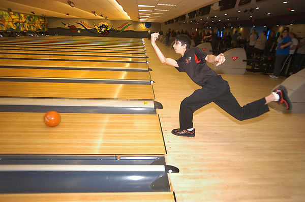James Neiss/staff photographerNiagara Falls, NY - Niagara Wheatfield bowler Matt Passero practices with his team at the Rapids Bowling Lanes.
