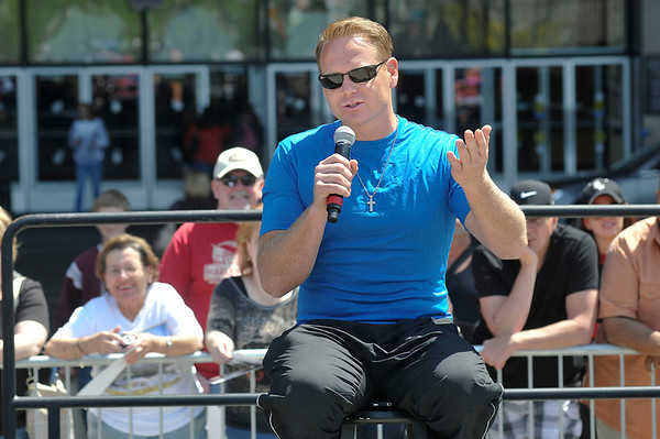 James Neiss/staff photographerNiagara Falls, NY - High-wire walker Nik Wallenda answers questions from the media before chatting with fans and signing autographs in front of the Seneca Niagara Casino.