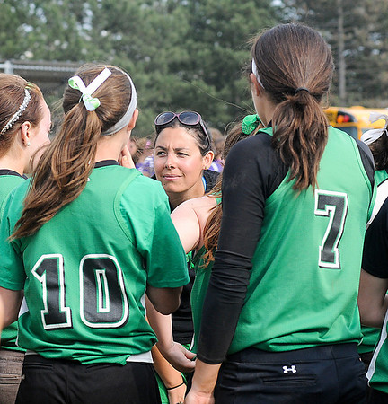 James Neiss/staff photographerNiagara Falls, NY - Down by 5 runs, Lewiston-Porter girls softball coach Nina Calarco calls a meeting at the mound to try and turn things around in the 6th inning against  Albion in Class B-2 championship.