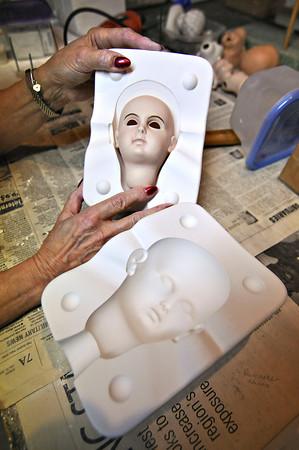 130103 Doll Maker 7