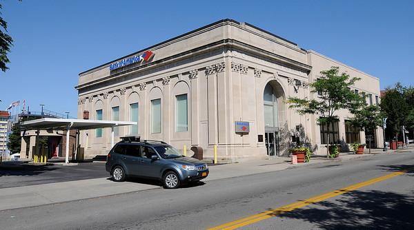 130823 Bank Closing