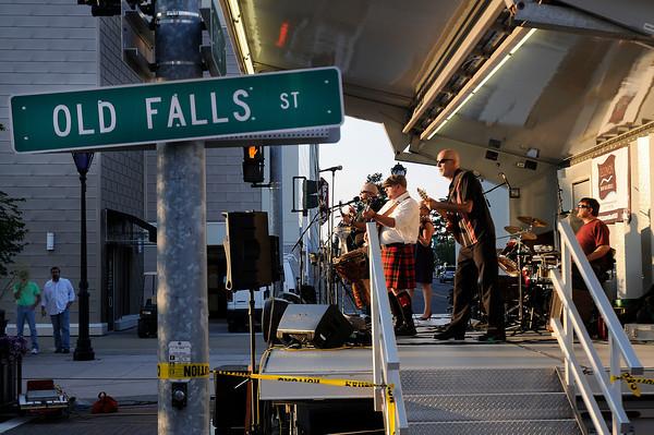 130816 Old Falls Concert 5