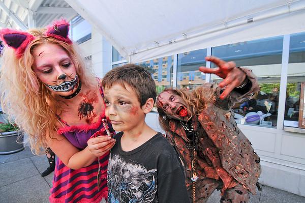 130802 Zombie Walk 2
