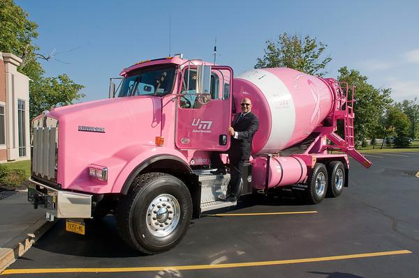 140904 Pink Truck 1