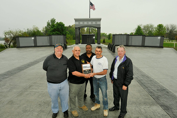 140522 vets monument