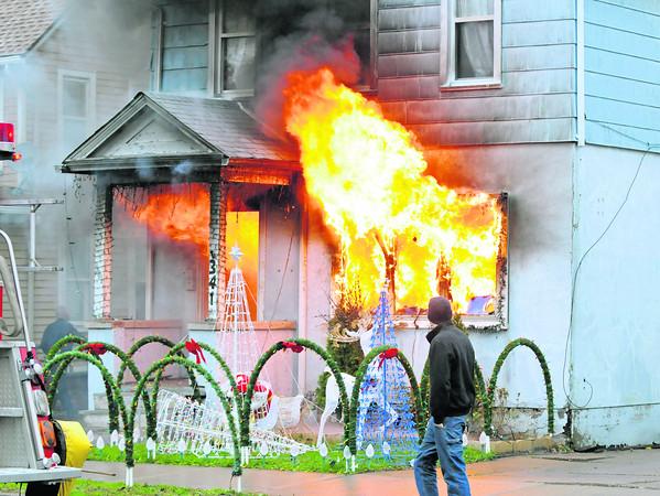 141125 Oliver Street Fire