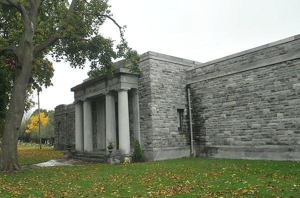 141021 oakwood cemetery 2