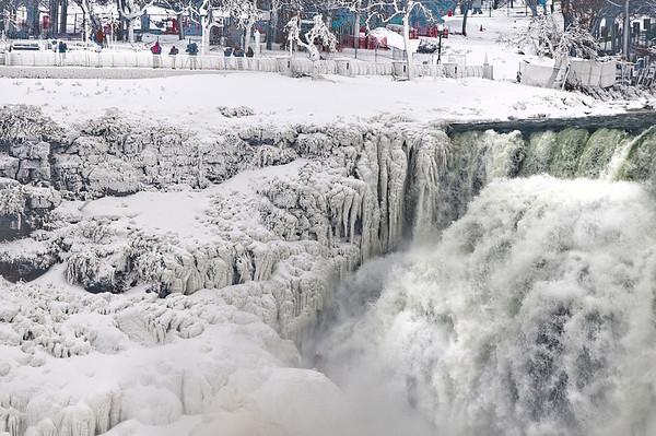 140110 Ice Falls 7
