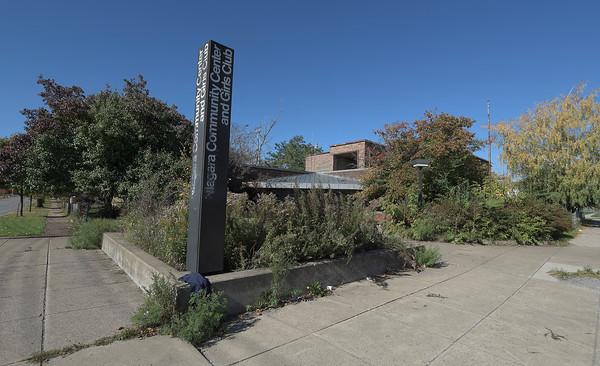 141023  Community Center 2