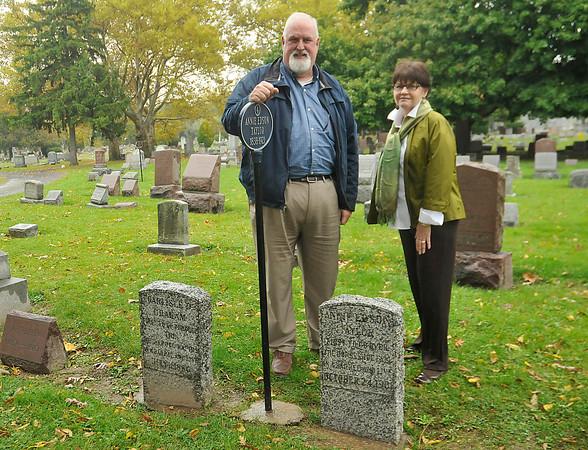 141021 oakwood cemetery