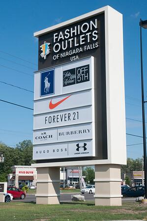 150803 CU Fashion Outlets 3