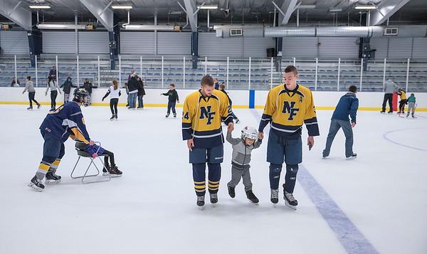 151223 NFHS Hockey Skate 5