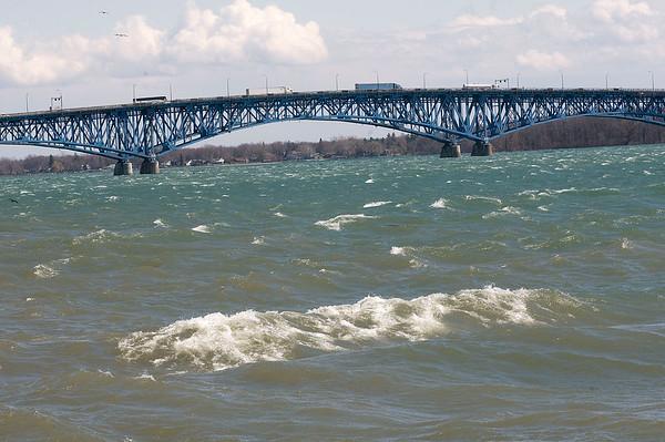 150421 WindJames Neiss/staff photographerNiagara Falls, NY - It was so windy on Tuesday the Mighty Niagara River was flowing backwards.