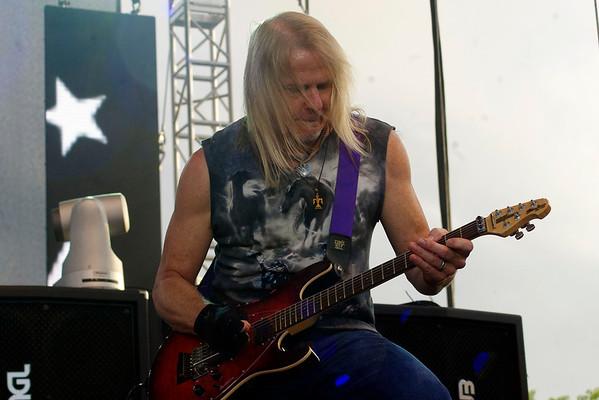 Deep Purple 9 071415