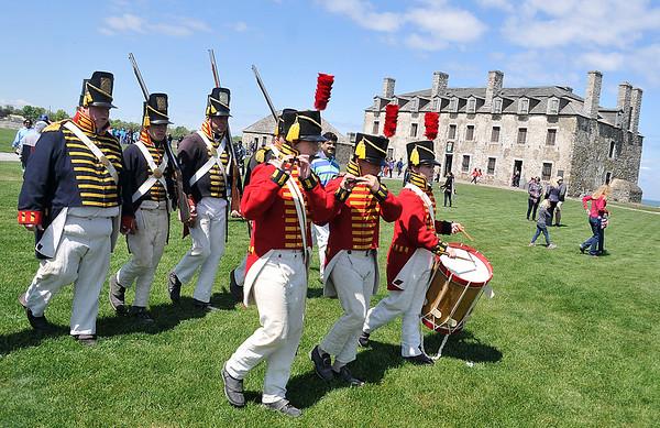 150522 Fort Niagara flag