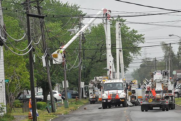 150601 utility pole 3