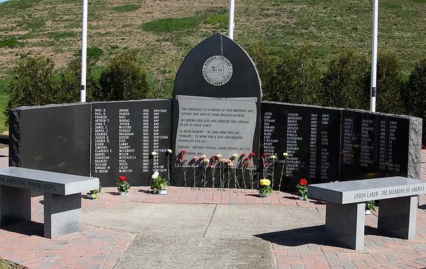150502 Worker Memorial 5
