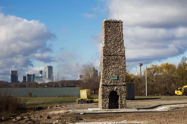 151122 Old Stone Chimney 2
