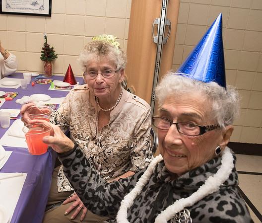 151231 Senior New Year 4