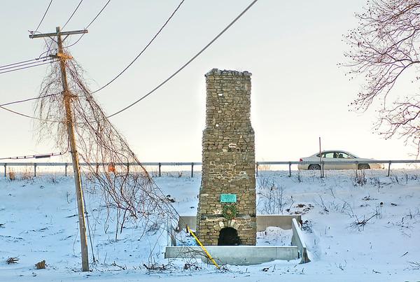 150113 Old Stone Chimney