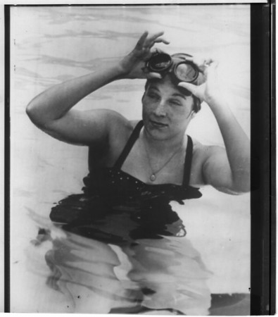 Marilyn Bell swam from Youngstown to Toronoto in record time in 1954... photo taken in 6/25/1955