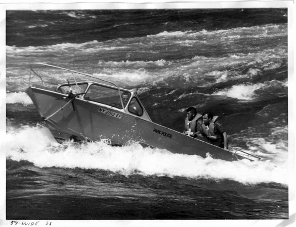 Niagara River, Raft Ride - 9/5/1975, Park Police Rescue Boat. Photo by Charlie Clifford.