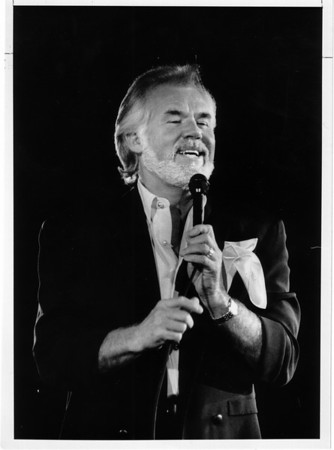 Christmas - Festival of Lights<br /> Kenny Rogers Performs t the Convention Center.<br /> Photo - By Elisa Olderman - 11/23/1991.