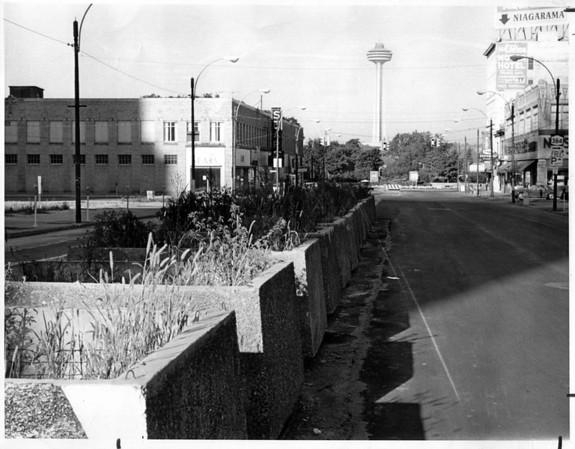 Urban Renewal<br /> West End of Falls Street.<br /> Photo - By Niagara Gazette - 9/15/1972.