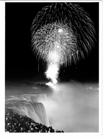 Niagara Falls, Concert in the Sky Fireworks 1986