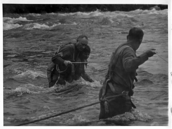 Niagara River - Rescues<br /> Photo - By Niagara Gazette - 10/10/1972.