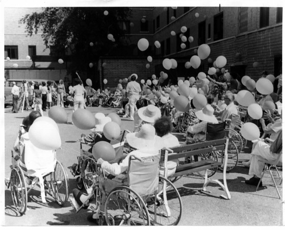 Hospitals - Mount View<br /> Mount View Grandparents Day<br /> Photo - By John Kudla - 9/5/1980.