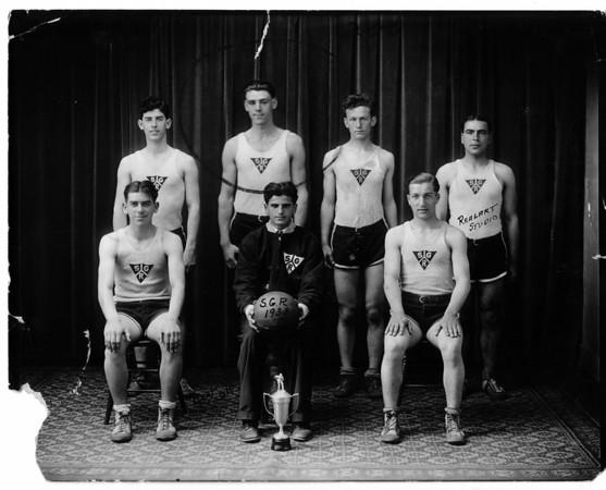Sports - Basketball<br /> Photo - By Niagara Gazette - 1933.