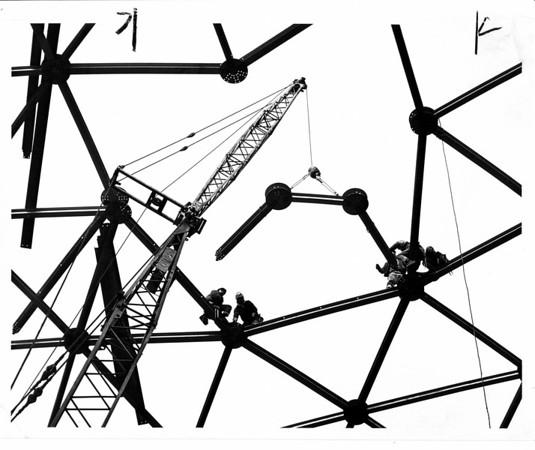 Industries - Carborundum<br /> Photo - By Leep Zelones - 11/13/1965.