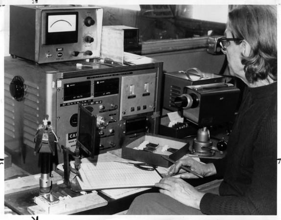 Industries - Carborundum<br /> Carbo Pilot Lite<br /> Photo - By Niagara Gazette - 5/26/1976.