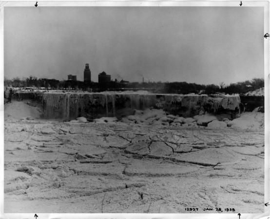 Niagara Falls, Dry up 1938 Dewatering - Power Authority Photo.