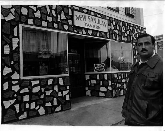 Buildings - Niagara Falls<br /> New San Juan Tavern - Main Street & Ontario.<br /> Photo - By Niagara Gazette - 10/31/1976.
