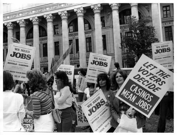 Gambling - Jobs<br /> Photo - By John Kudla - 6/9/1981.