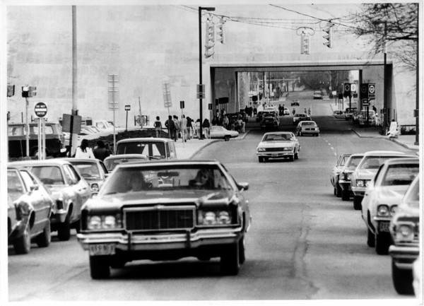 Streets - 4th Street<br /> 4th Street back on May 11, 1978.<br /> Photo - By Niagara Gazette - 5/11/1978.