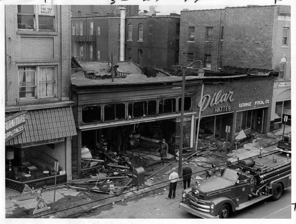Buildings - Imperial Hotel<br /> Imperial Hotel Aftermath.<br /> Photo - By Niagara Gazette - 7/13/1971.