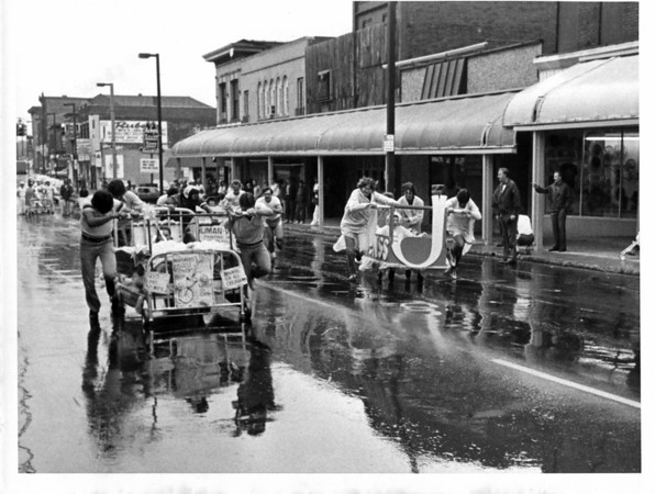 Parades - United Way<br /> United Way Parade 1980.<br /> Photo - By L. C. Williams 9/13/1980.