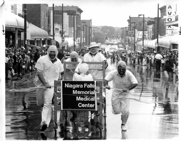 Parades - United Way week<br /> Niagara Falls Memorial Medical Center during the United Way week.<br /> Photo - By Niagara Gazette.