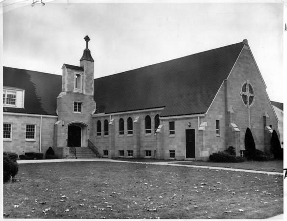 Churches - Riverside Presbyterian<br /> Riverside Presbyterian Church.<br /> Photo - By Niagara Gazette - 11/2/1961.