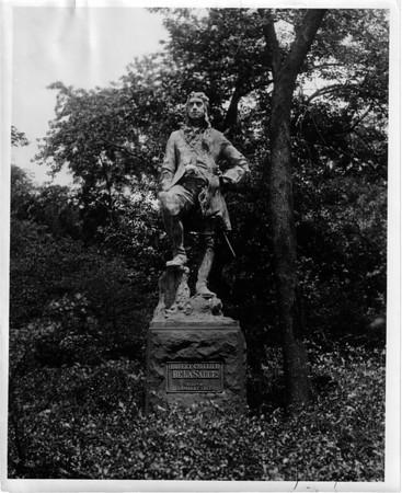 LaSalle Monument in Chicago